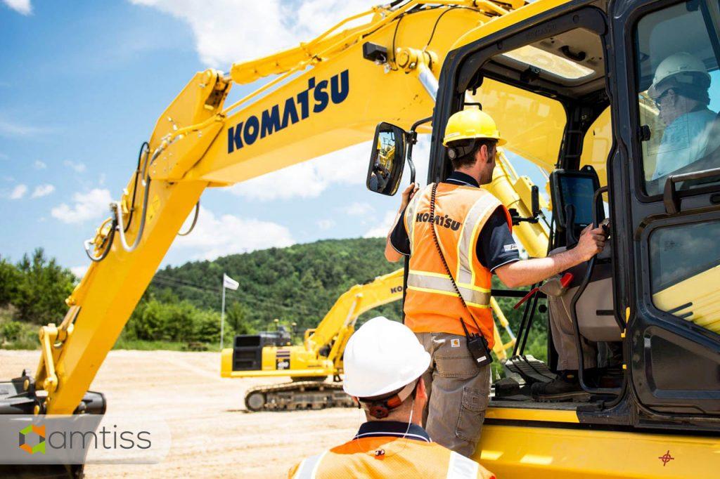 periodical service excavator komatsu